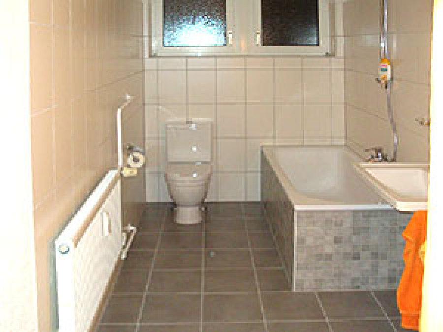 badezimmer renovierung kosten badezimmer selbst renovieren entzckend badezimmer renovierung. Black Bedroom Furniture Sets. Home Design Ideas